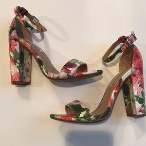Steve Madden Floral Heel 6.5